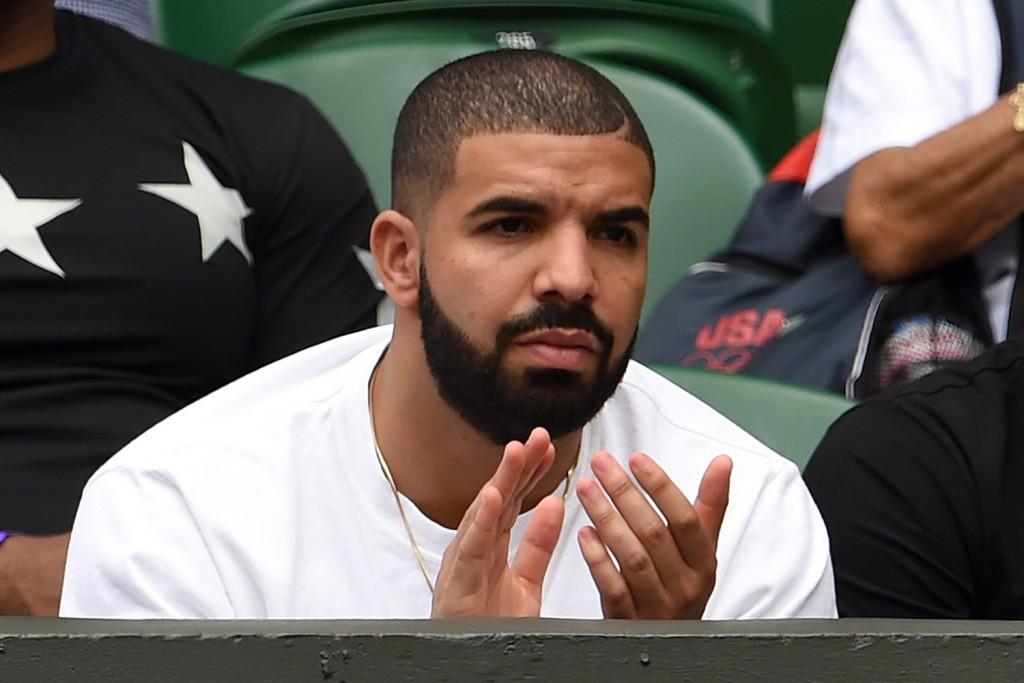Drake at Wimbledon 2015 (image by: walmerconvenience.com)