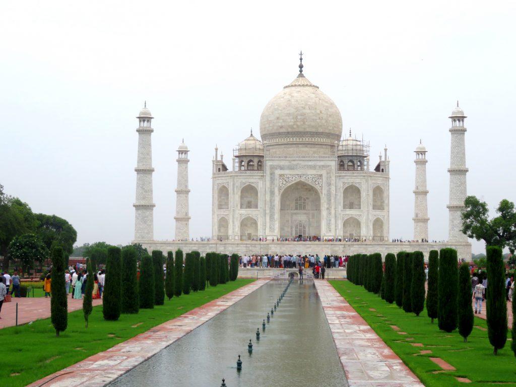Naveesha-Wanderthirst-India-Taj-Mahal_high-res-final