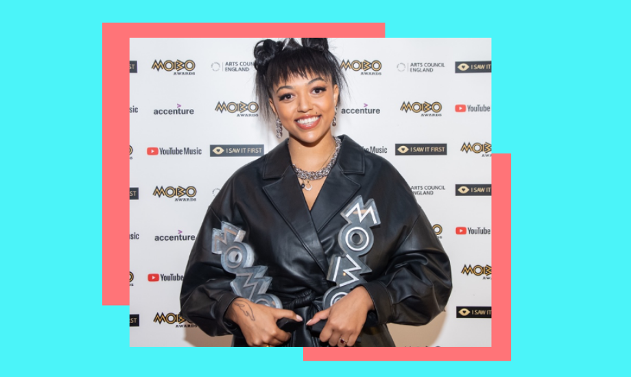 Five on it image of Mahalia at the MOBO awards 2020, holding two awards. Her image, taken by Michael Tubes, is superimposed against a pink and light turquoise backdrop.